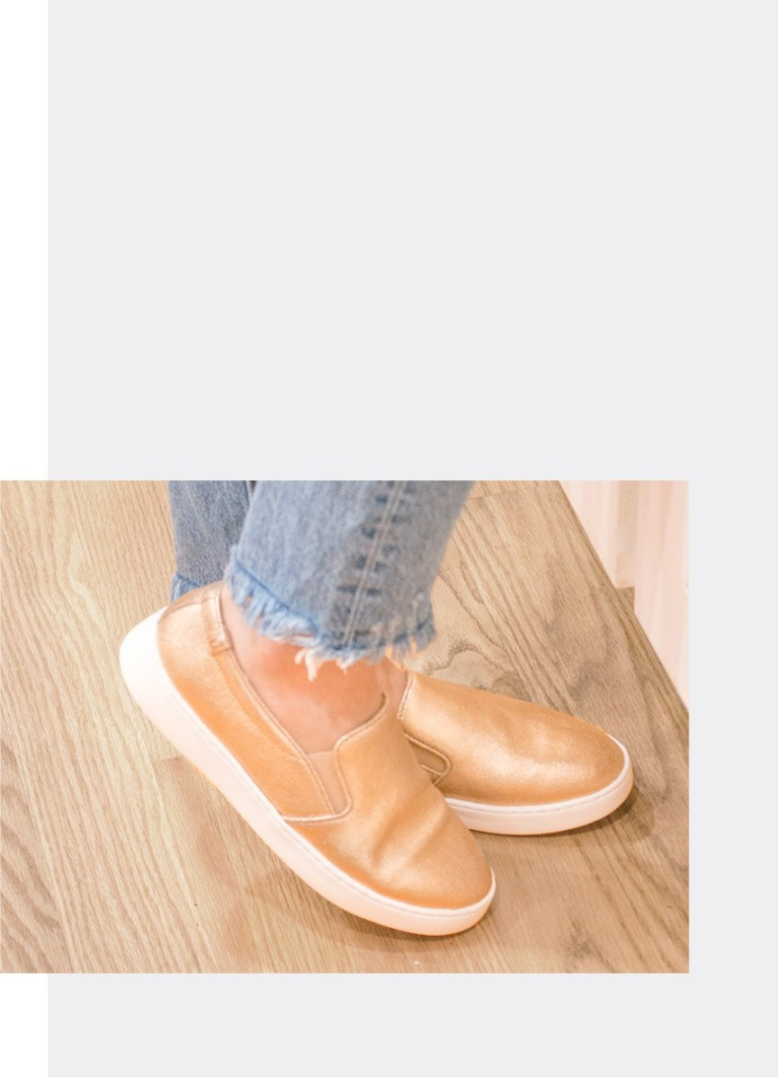 Shop Avery Vionic Pro sneaker